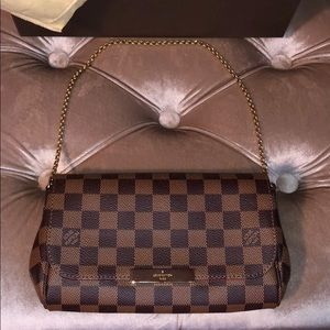 Authentic Louis Vuitton Damier PM.